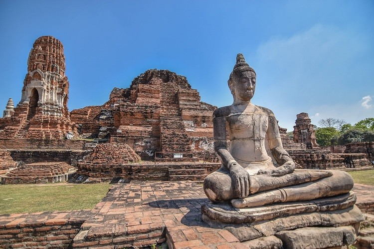 Best Places to Visit in Thailand - Ayutthaya